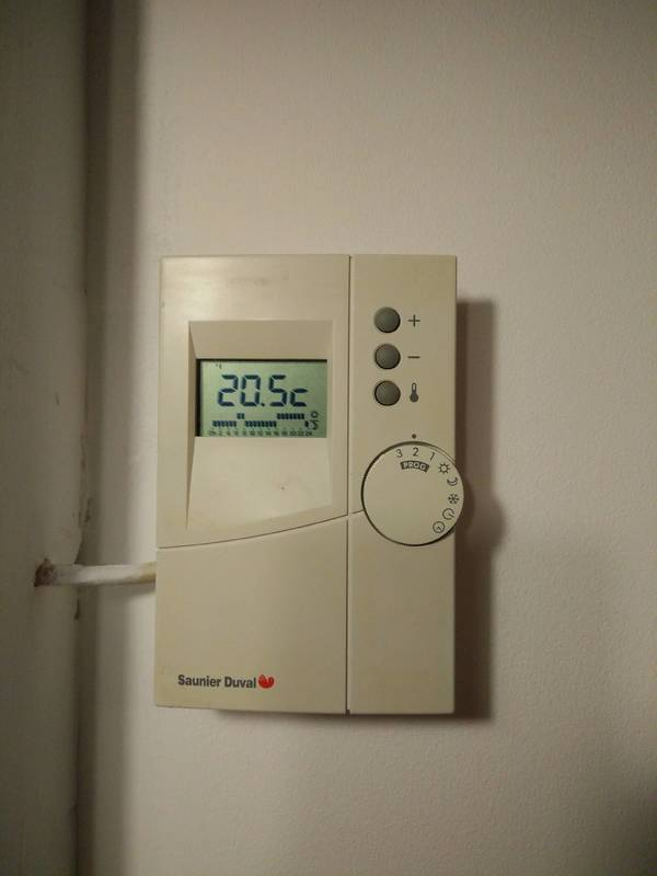 Comment reprogrammer ce thermostat page 1 forum sur - Thermostat chaudiere fioul ...